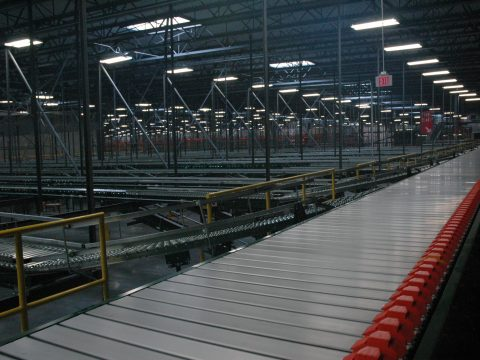 Distribution Facility Package Conveyor